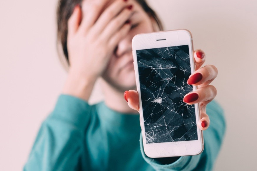 Reasons to Choose a Professional to Fix Your Phone – DrPhoneFix